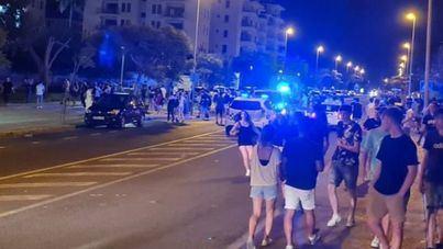 """El PP exige más policías para frenar el """"descontrol"""" del botellón en Alcúdia"""
