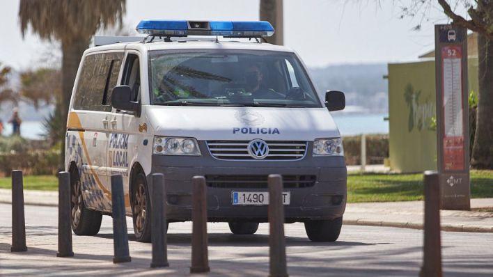Detenido por amenazar a su expareja delante de sus hijas menores
