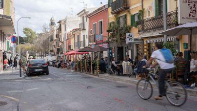 Guerra al coche: los ecologistas piden a Cort que mantenga las terrazas en la calzada
