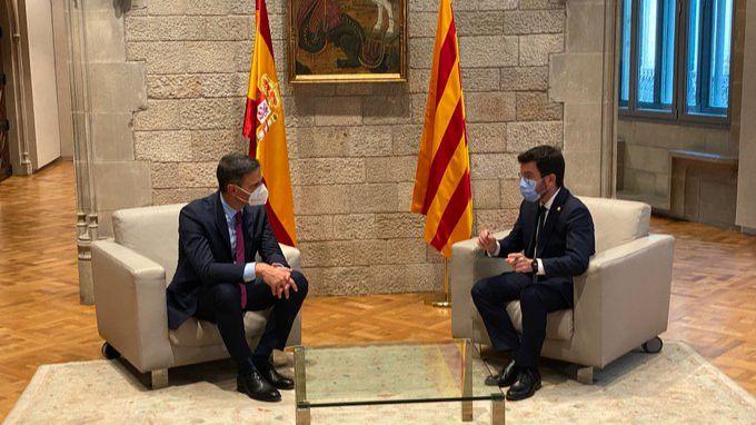 Sánchez y Aragonès constatan sus