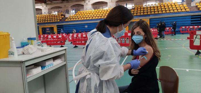 Baleares, en la cola de vacunados por Covid con pauta completa