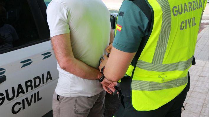 Detenido por intentar robar en un supermercado al que tenía prohibido acercarse en Marratxí