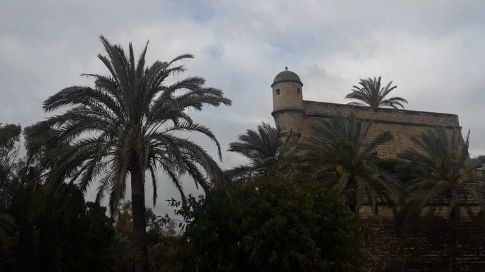 Intervalos nubosos con posibilidad de lluvias en Baleares