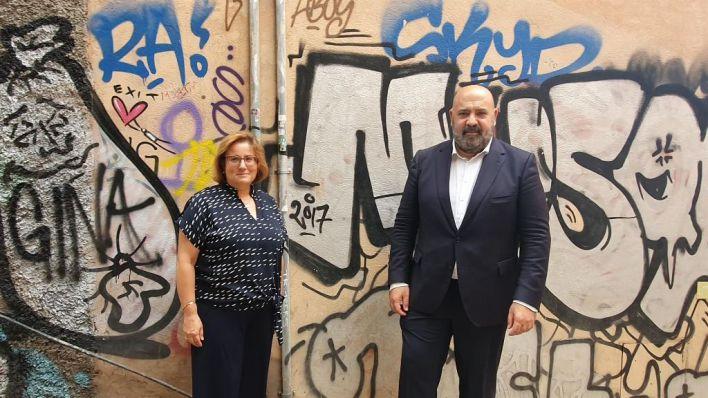 El PP, contra Hila por sus 'seis años de inacción' ante los graffitis, pide elevar las multas