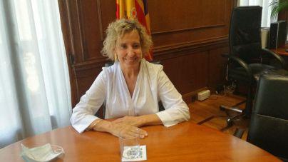 Calvo comparecerá en el Parlament para explicar el protocolo de acogida de los inmigrantes