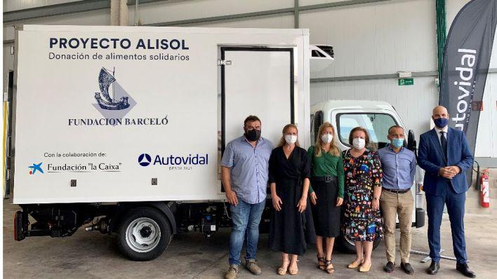 Autovidal, La Caixa y Fundación Barceló se alían para el reparto de alimentos a los más desfavorecidos