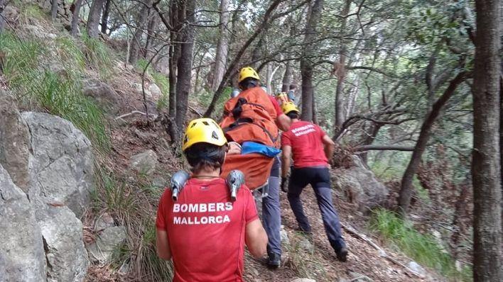El desprendimiento de unas rocas causa heridas a una escaladora en Valldemossa
