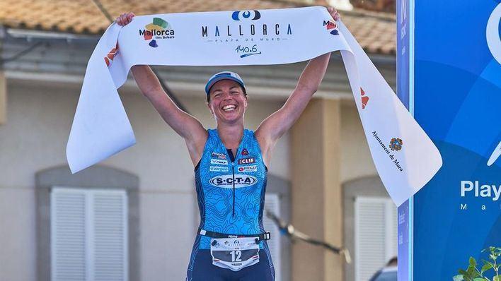 Marion Tuin y Sam Shepted se imponen en el primer Mallorca 140.6 Triathlon Playa de Muro