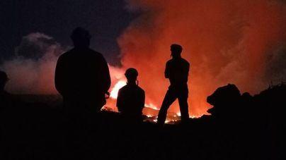 EN DIRECTO   Preocupación por la toxicidad del aire en La Palma tras penetrar la lava en una zona de invernaderos