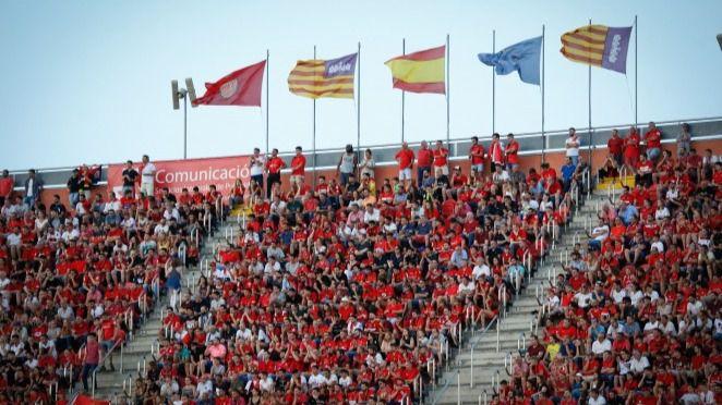 Los estadios de fútbol podrán ocuparse al cien por cien desde este viernes