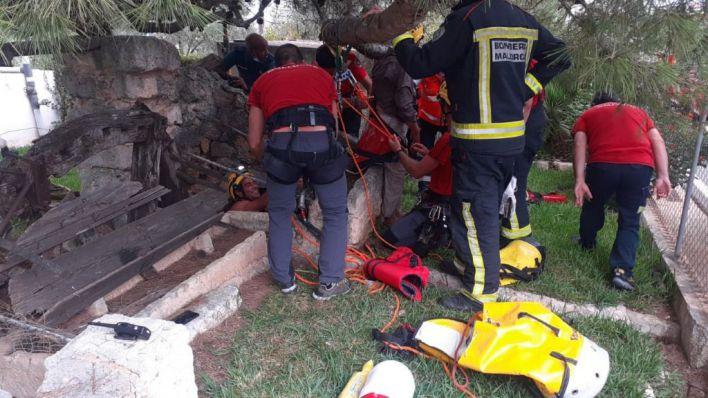 Un anciano de 85 años cae a un pozo en Sa Pobla y sale ileso
