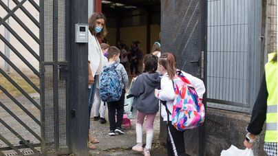 El 56,8 por cien de encuestados, a favor de impedir la entrada en clase de alumnos sin mascarilla