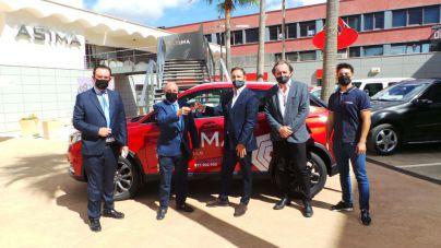 Grupo Coll cede un DFSK Seres 3 a la Asociación de Industriales de Mallorca