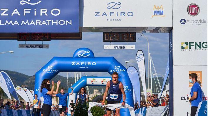 Kasper Laumann y Monika Frenger se imponen en el Zafiro Maratón Palma