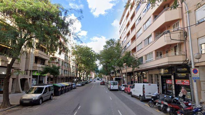 Okupan un local a plena luz del día frente a la Policía Local de Palma