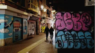 Hila dice que 'se están dedicando en cuerpo y alma' a la limpieza de graffitis
