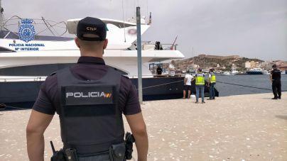La Policía se incauta de un yate de lujo de un empresario del fútbol que partió de Baleares