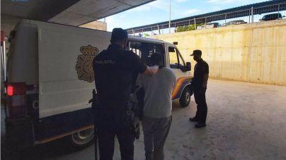 Una venta de drogas, posible motivo de la agresión mortal a un joven en Ibiza