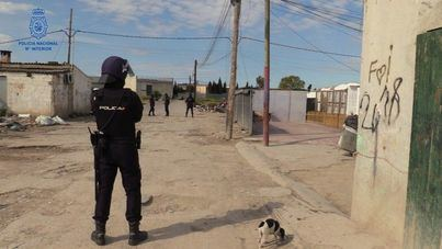Un hombre realiza varios disparos en Son Banya tras discutir por la droga que había comprado