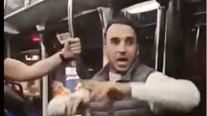 Agredido tras pedir a un pasajero que se pusiera la mascarilla