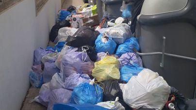 El servicio de limpieza se reanuda, pero continúa acumulada basura en las calles