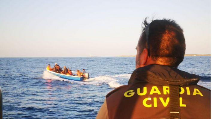 Sigue el goteo de pateras en Baleares: Interceptados ocho migrantes más