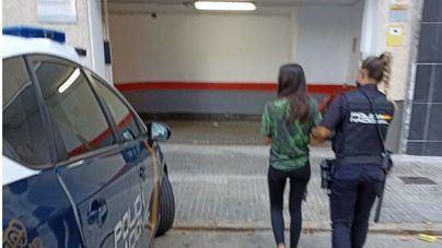 Detenida una mujer por amenazar con un cuchillo de cocina a su compañera de piso en Pere Garau