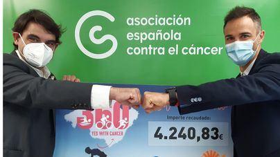 'Yes With Cancer' entrega un donativo de más de 4.000 euros para la lucha contra el cáncer