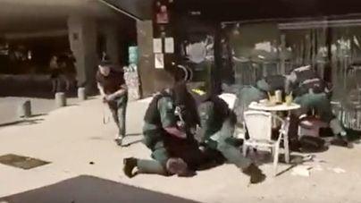 Fulgurante intervención de la Guardia Civil en una terraza de Palma