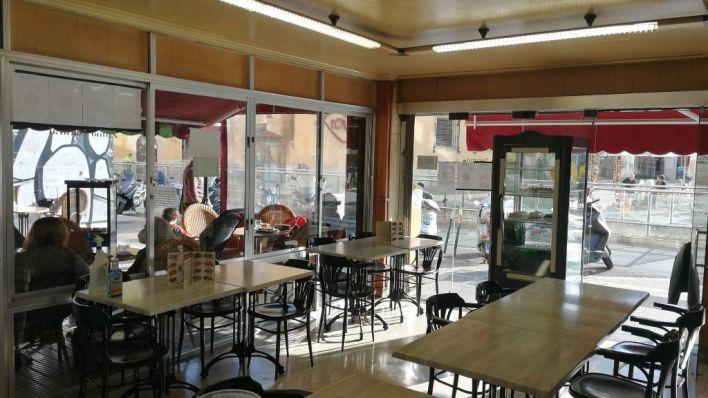 Bares y restaurantes recuperan el cien por cien de sus interiores