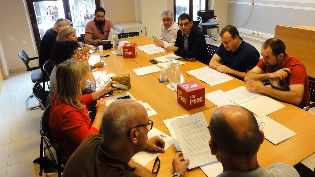 Reunión entre el PSIB y los sindicatos CCOO, UGT, CGT y USO