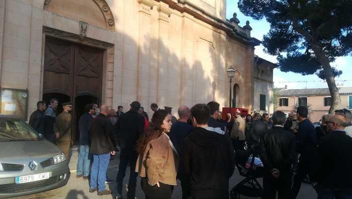 Marratxí celebra el funeral por el legionario mallorquín fallecido en unas maniobras en Alicante