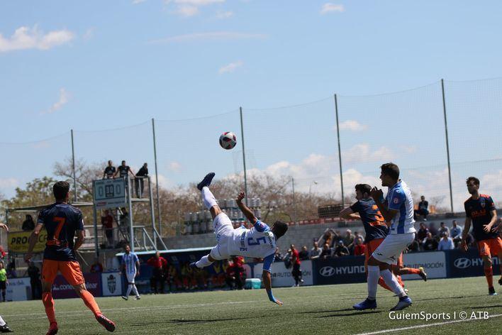 El Atlético Baleares confía en ganar en Badalona y proclamarse campeón de liga