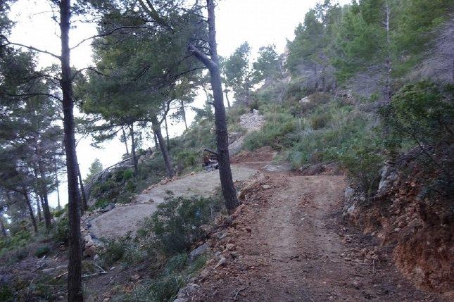 Paralizan las obras de un depósito y un camino en zona ANEI de Andratx