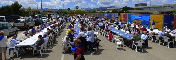 Medio millar de personas participan en el acto central de campaña del PP de Marratxí