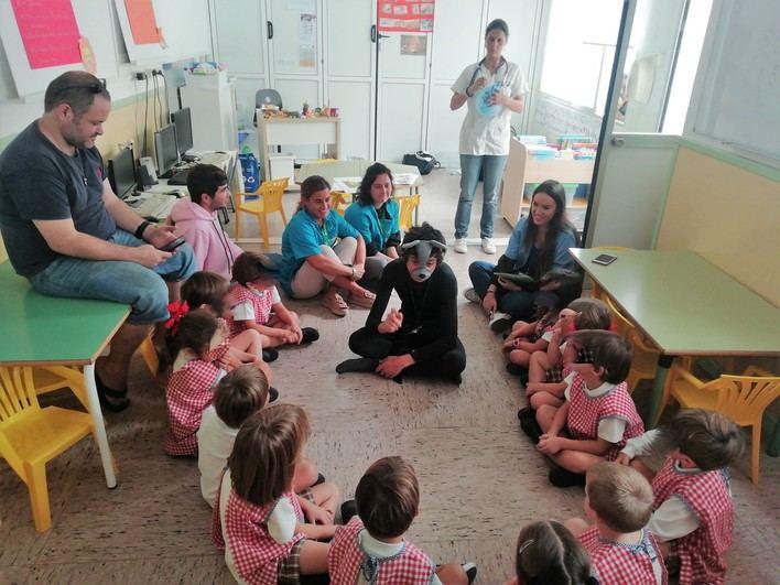 """Más de 100 niños participan en el programa """"Sonrisas Valientes"""" de ADEMA"""