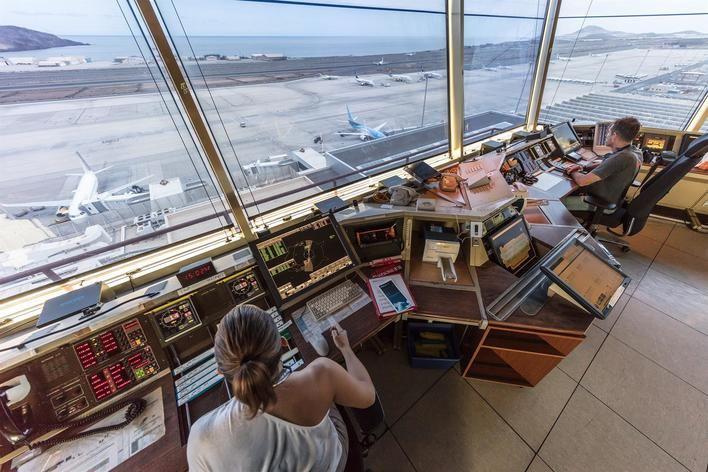 El descuento a los residentes ha incrementado el precio de los billetes de avión un 12 por ciento