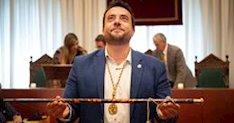 Dimite el alcalde de Badalona tras ser detenido por conducir bebido y agredir a los agentes