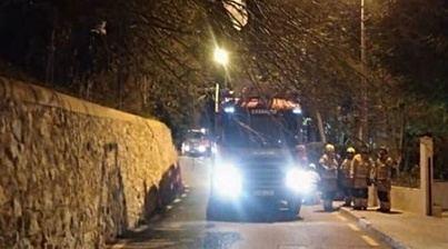 Un vehículo se precipita desde más de 3 metros en Cala Pi