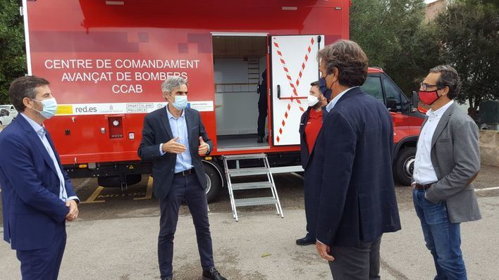 Los Bomberos de Mallorca acuerdan con Endesa la coordinación en casos de emergencia
