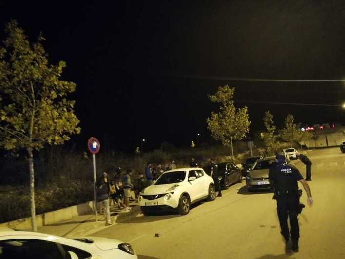 La Policía desmonta un macro botellón en Manacor