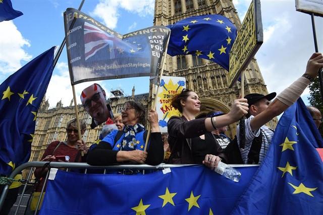 El Parlamento británico aprueba la ley que impide un brexit sin acuerdo con la UE