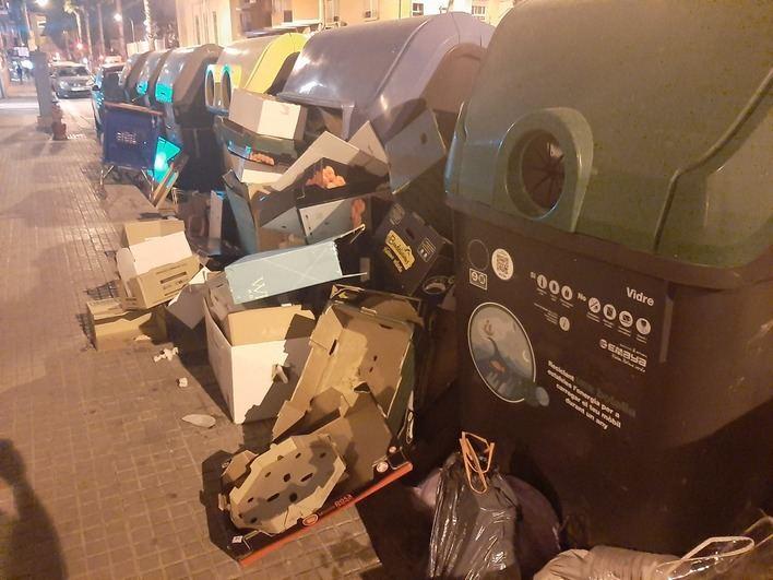 Camp Redó exige que se vuelvan a instalar los contenedores de basura retirados por obras