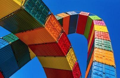 Características de los aparcamientos de vehículos de transporte de mercancías seguros