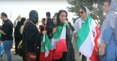 Las mujeres iraníes hacen historia con su entrada al estadio Azadi