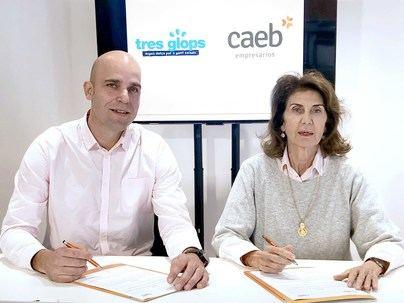CAEB y Tres Glops acuerdan colaborar en la inserción de personas con discapacidad