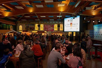 Centenares de personas, en la inauguración de la Feria de la Cerveza en Bierkönig Centre