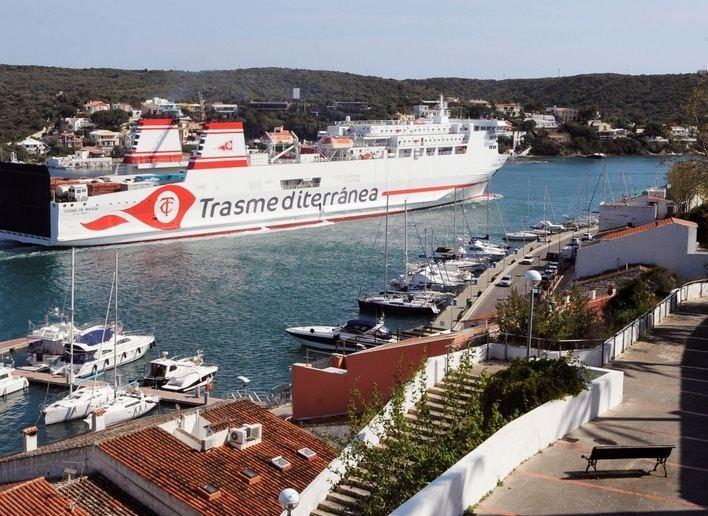 Trasmediterránea cubre con el nuevo 'Ciudad de Mahón' las rutas Barcelona, Mahón e Ibiza