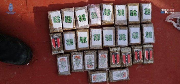 La operación contra el 'Clan de La Brígida' se salda con 7 arrestados,13 kilos de marihuana, 3 de hachís y 170.000 euros