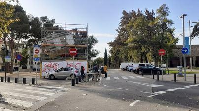 Dos nuevas cámaras de seguridad en la plaza Porta Santa Catalina